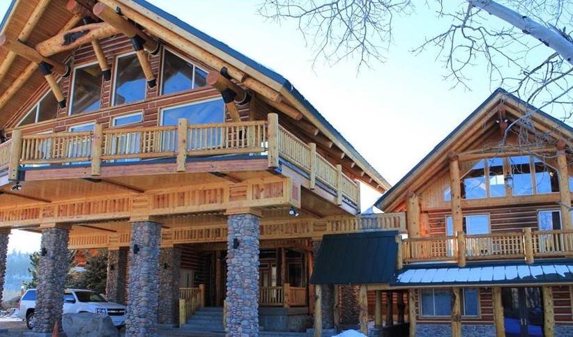 Lodge 03
